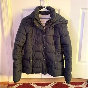NWOT navy blue Abercrombie & Fitch winter jacket